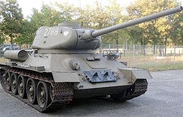 Житель Чехии во время оружейной амнистии сдал танк и самоходную артиллерийскую установку
