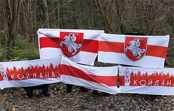 Белорусы вышли на вечерние акции