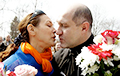 Volha Bandarenka: Relatives of Political Prisoners Need to Unite and Act Decisively