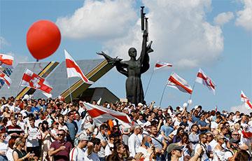 Политолог: Осталось совсем немного до полного разгрома и капитуляции Лукашенко