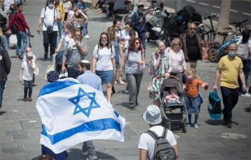 Израиль отменил обязательное ношение масок