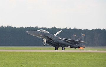 США перебросили в Польшу боевую авиацию