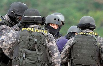 В Чехии провели масштабную операцию по задержанию пророссийских наемников, воевавших на Донбассе