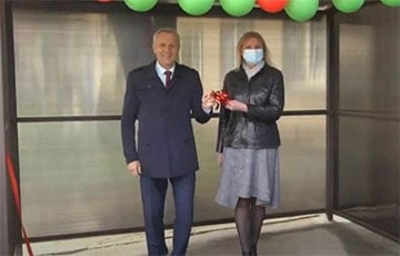 В Гомеле «ябатьки» торжественно открыли пандус на входе в поликлинику