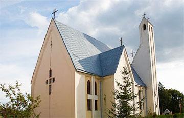 В Логойске ночью ограбили костел