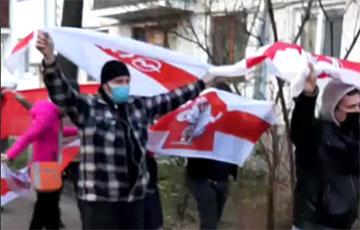 Минские партизаны вышли на мощный марш в Тракторном поселке0