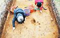 Археологи нашли флаконы с 6000-летней косметикой
