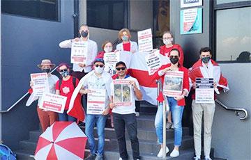 Белорусы Австралии пикетировали офис Yara в Сиднее