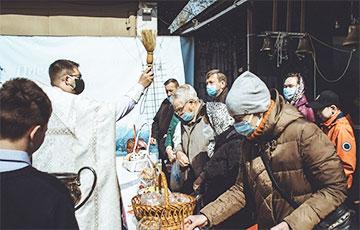 Как в православных храмах верующие отметили Великую субботу: фоторепортаж