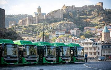 В Грузии из-за эпидемии остановили муниципальный транспорт и объявили выходные