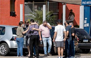 Подросток с мачете напал на детский сад в Бразилии