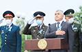 Видео с узбекистанскими военными во время исполнения гимна стало вирусным в Сети