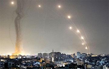 Массированный обстрел: из сектора Газа по Израилю выпустили более 800 ракет
