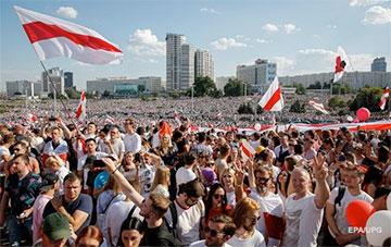 Политический аналитик: Гражданское общество в Беларуси сформировалось на всех уровнях