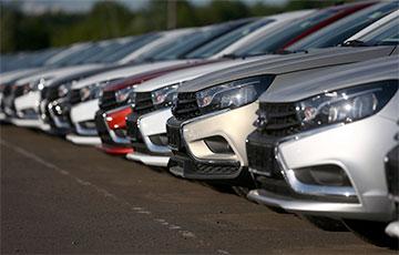 Россияне ринулись покупать машины в кредит