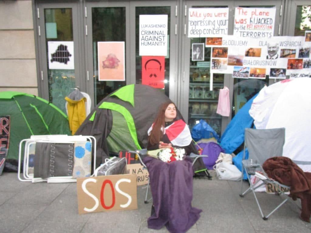 Внучка Станислава Шушкевича: Мы добиваемся, чтобы режим в Беларуси был признан террористическим3