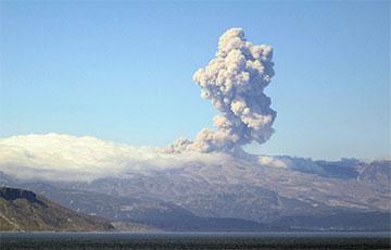 В Конго начал извергаться еще один вулкан