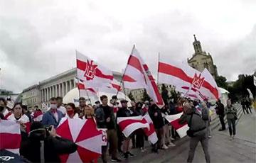 В Киеве прошел большой марш против колхозного режима Лукашенко0