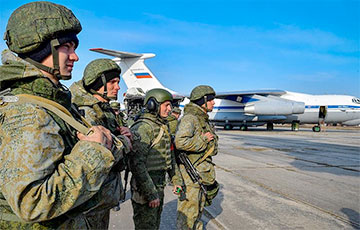 Россия решила продлить использование своих военных баз в Беларуси