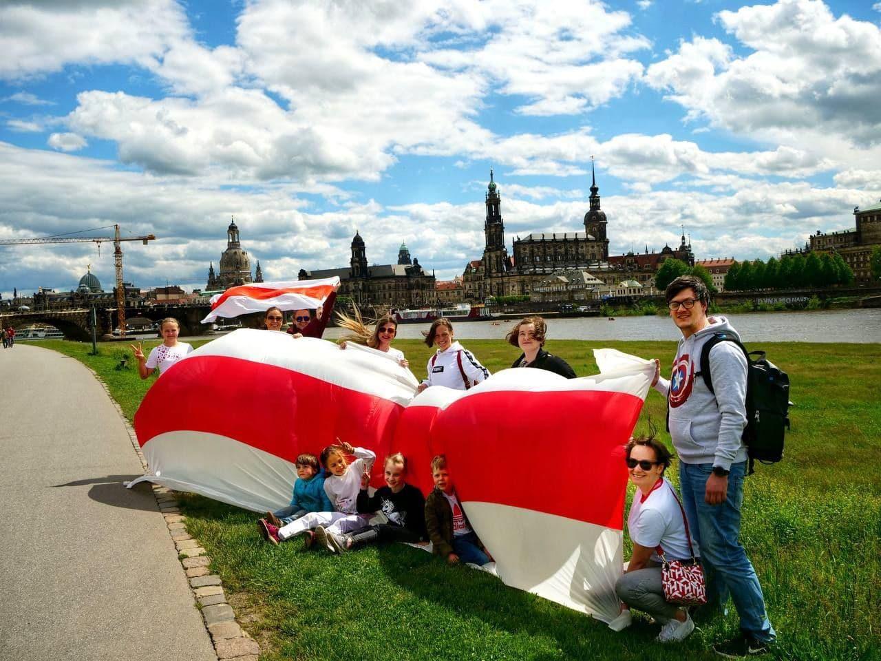 Акции в поддержку свободной Беларуси прошли по всему миру1