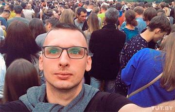 Неизвестные в масках разгромили квартиру экс-прокурора Бабака