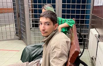 Акционист Павел Крисевич выстрелил себе в голову в Москве на Красной Площади