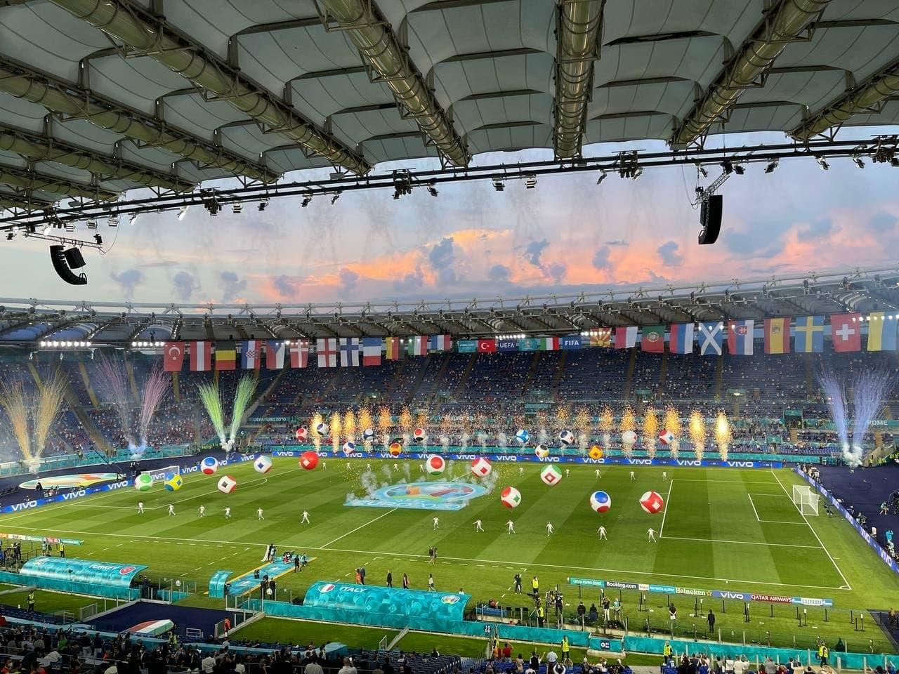 Легендарные Франческо Тотти и Алессандро Неста приняли участие в церемонии открытия чемпионата Европы-20205