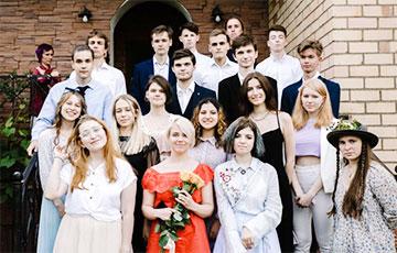 Дваццатка адважных: фотарэпартаж з выпускнога «партызанскай школы»
