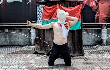 Мастак у Токіё прысвяціў сваю акцыю беларускім палітвязням