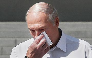 Поезд с Лукашенко несется под откос