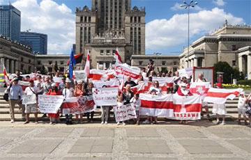Беларусы Варшавы выйшлі на традыцыйную нядзельную акцыю