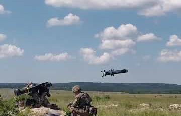Украинские военные впервые провели стрельбы американскими Javelin