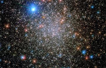 Телескоп «Хаббл» сделал снимок скопления из созвездия Скорпиона