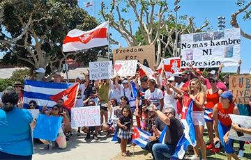 Белорусы и кубинцы провели совместную акцию против диктатуры