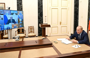 Спектакль для Путина