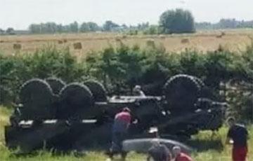 Под Ивацевичами на трассе М1 столкнулись фура и военный «Урал»