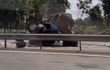 На выездзе з Менска адбылася буйная аварыя
