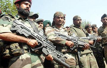 Пакістан перакінуў войскі на мяжу з Афганістанам