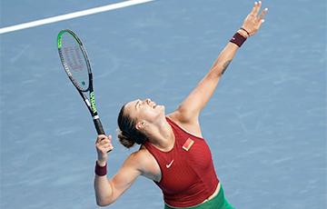 Соболенко в красно-зеленой форме вылетела в 1/16 финала Олимпиады