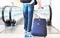 Как семья минчан собралась на отдых, а теперь рискует не сесть в самолет
