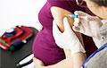 Эксперты объяснили, можно ли беременным вакцинироваться от коронавируса