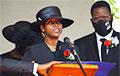 СМИ сообщили об отъезде из Гаити жены убитого президента