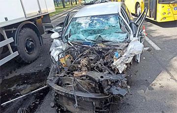 В Минске на проспекте Независимости столкнулись 10 машин