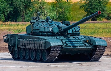 В Борисове больше полугода не могут найти желающих ездить в танках за зарплату