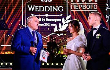 «Лукашенко продолжает подкидывать дрова в пламя, которое пожрет его самого»