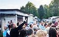 В Минске в районе метро «Академия наук» собираются сносить гаражи, где местные жители хранят свои авто
