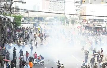 В Таиланде протестующие требуют отставки премьер-министра
