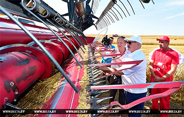 Совбез Беларуси «поставит под ружье» хлеборобов и рабочих
