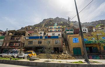 У Кабуле прагрымелі два выбухі