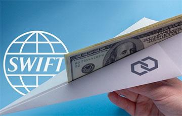Экс-глава Нацбанка: Расчеты с Беларусью в долларах скоро остановятся